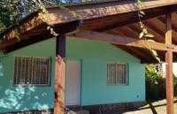 c406, Vivienda de Dos Dormitorios en Venta-  en Villa General Belgrano