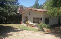 C414, Casa de dos dormitorios  con pileta  y departamento en Villa General Belgrano